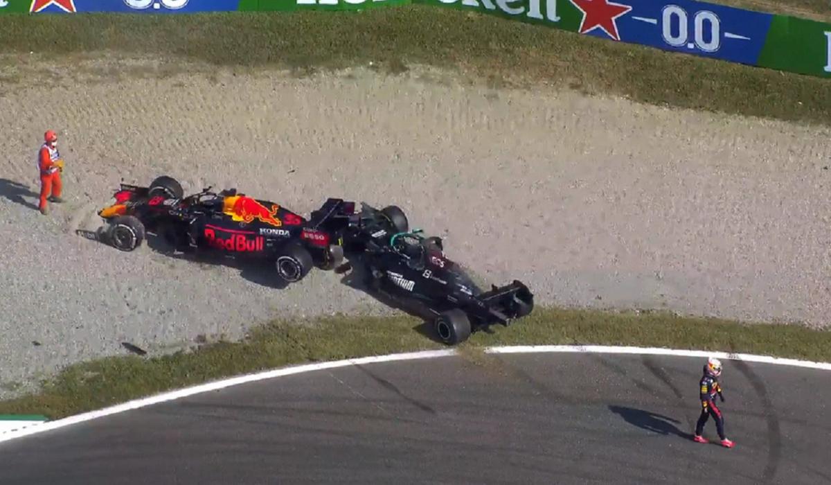 Formula 1: Βαριά ποινή στον Φερστάπεν για το ατύχημα με τον Χάμιλτον