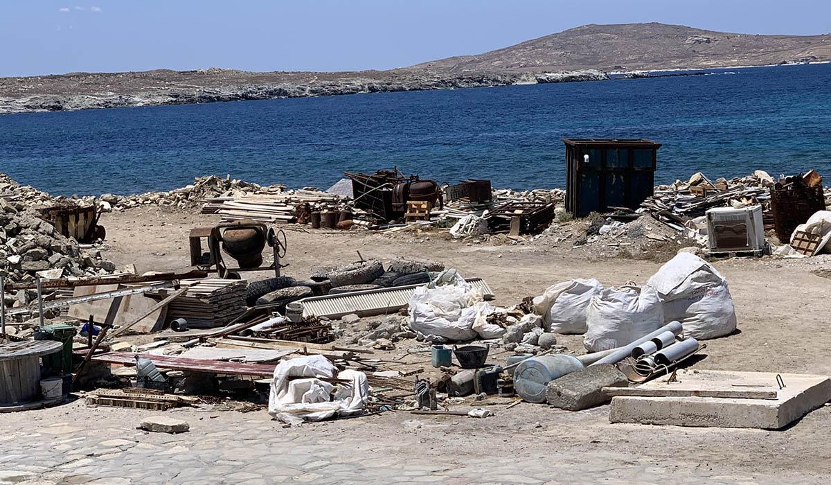 Ο Νορβηγός πρέσβης πήγε στη Δήλο και είδε… σκουπίδια – Τι έγραψε στο twitter