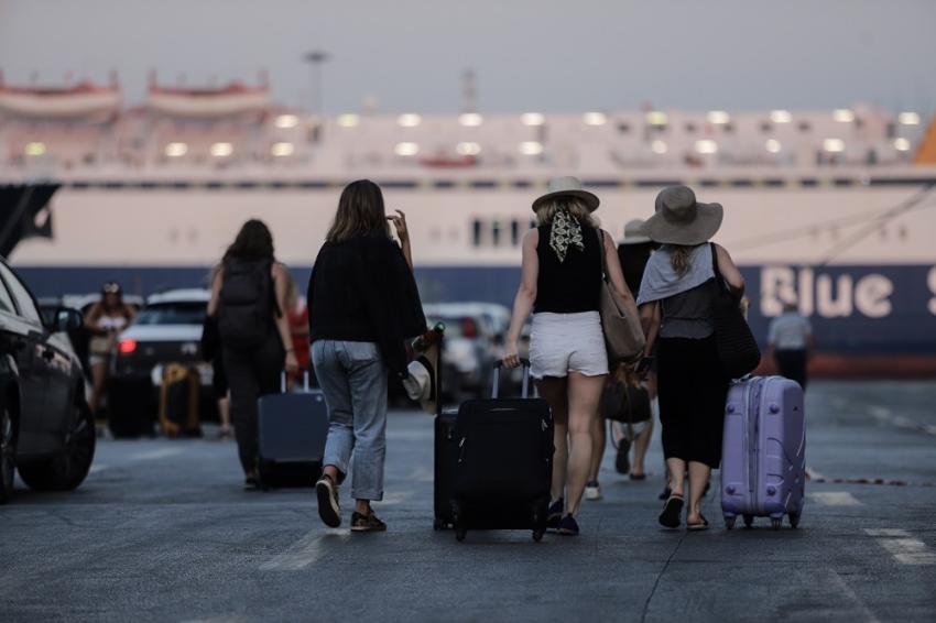 Κορονοϊός - Τουρισμός: Τα 10 μέτρα των λοιμωξιολόγων για ένα ασφαλές καλοκαίρι, νέα εισήγηση