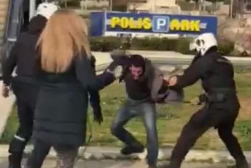 Εισαγγελική παρέμβαση για την αστυνομική βία στη Νέα Σμύρνη