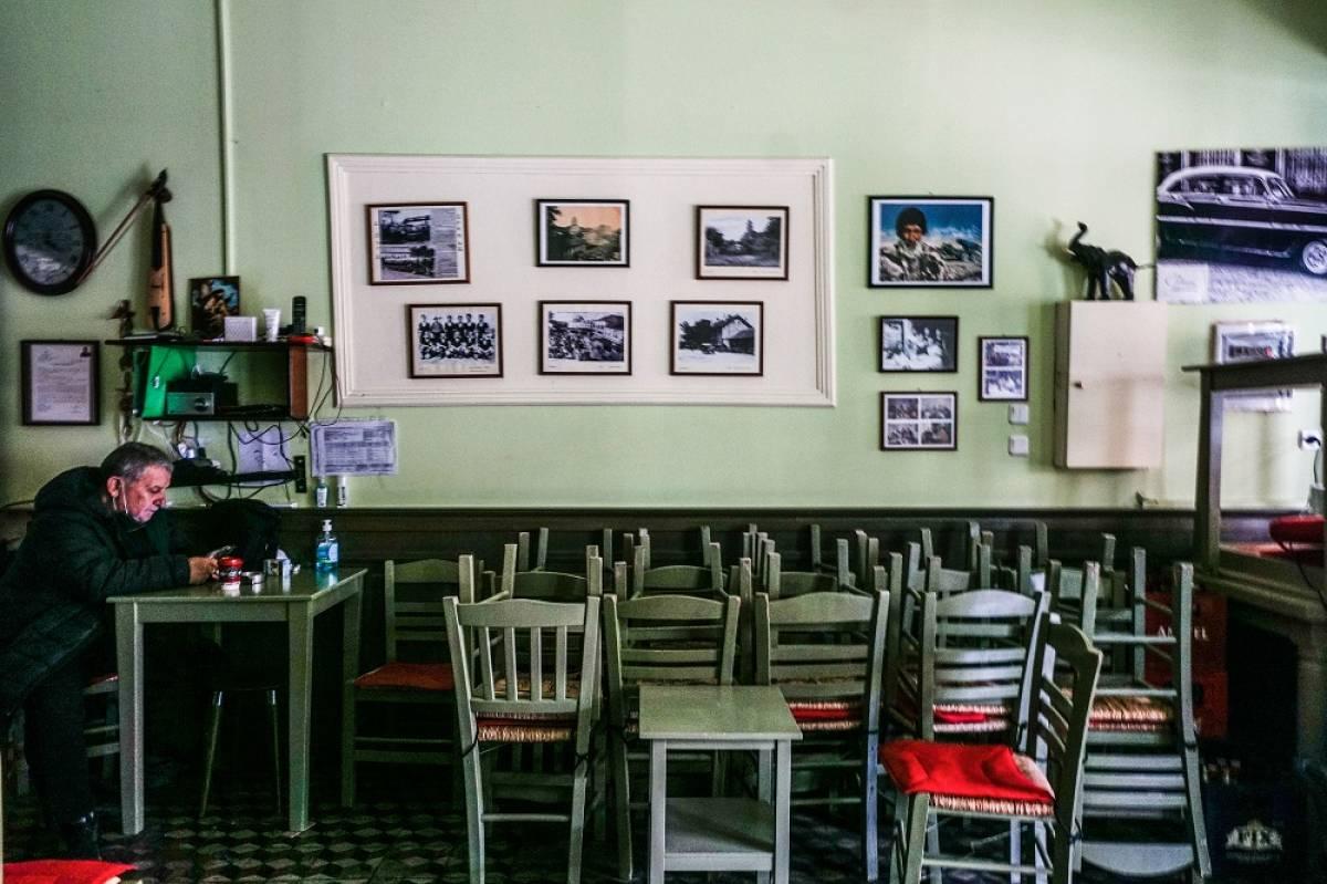Ανοίγει η εστίαση 3 Μαΐου, οι ΚΑΔ: Μόνο σε εξωτερικούς χώρους και έως 6 άτομα ανά τραπέζι, μέτρα και ωράριο