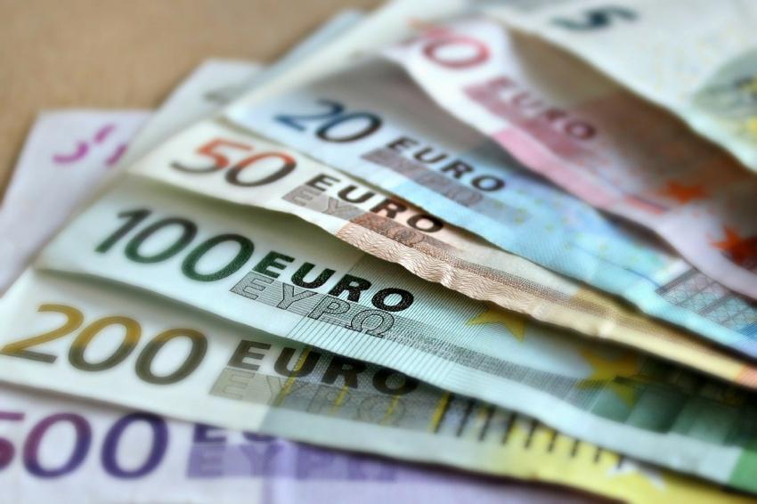 Πότε θα γίνει η πληρωμή των 534 ευρώ για τις αναστολές Μαρτίου