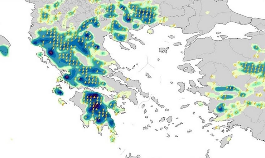 Οι χάρτες της κακοκαιρίας: Πού θα βρέξει τις επόμενες ώρες