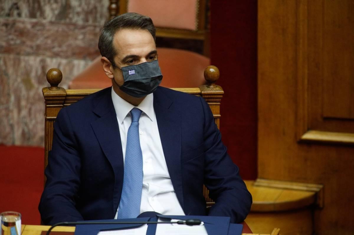 Politico: Ο κ. Μητσοτάκης κατηγορείται ότι έσπασε το lockdown