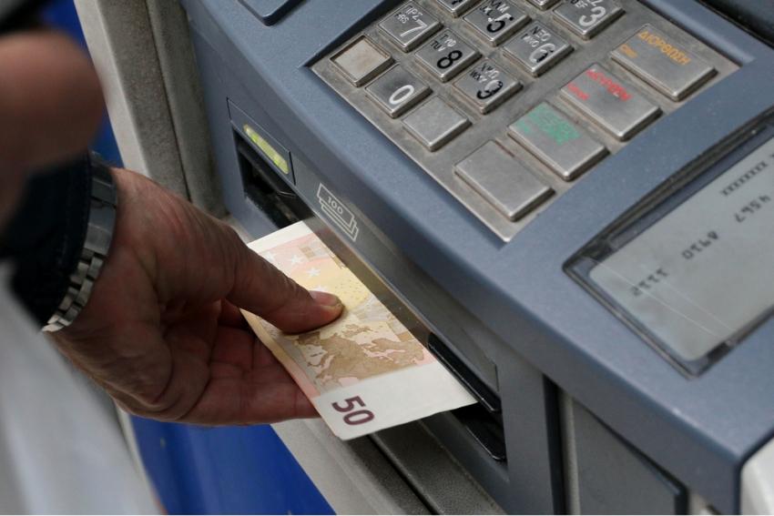 Αναστολές συμβάσεων Φεβρουαρίου: Η αλλαγή και ο κίνδυνος να χαθεί το επίδομα 534 ευρώ