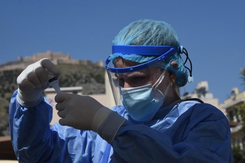 Κρούσματα σήμερα 16/5: Το μυστικό των μεταλλάξεων και ο ρόλος του εμβολιασμού