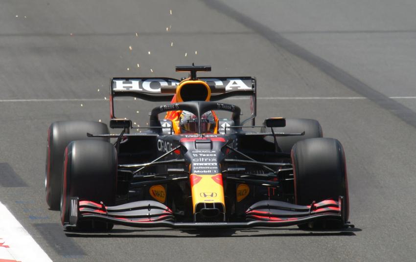 Formula 1 - Αζερμπαϊτζάν: Ο Μαξ Φερστάπεν ταχύτερος όλων στις πρώτες ελεύθερες δοκιμές (vid)