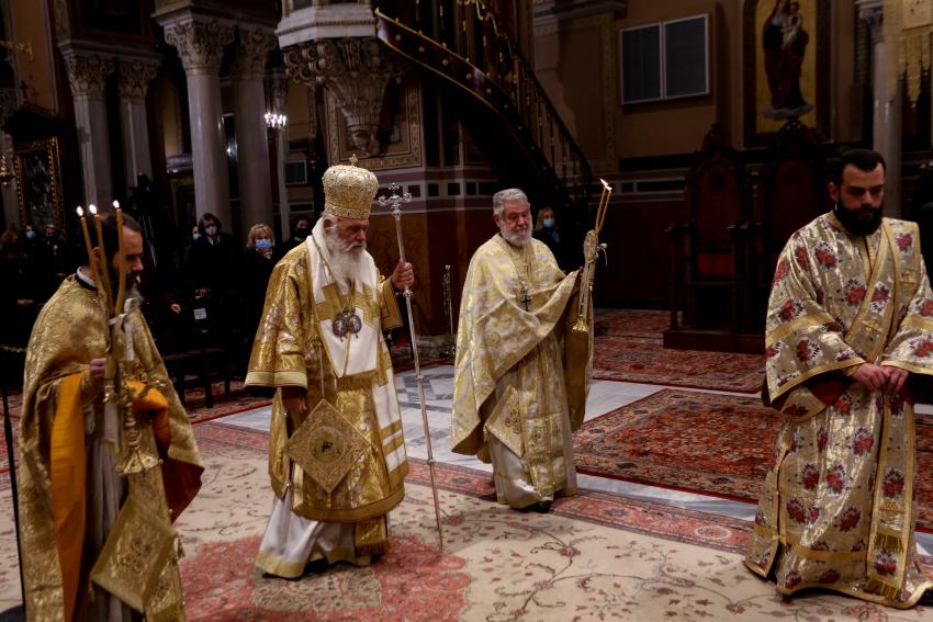 Ιερώνυμος προς Ιεράρχες για Φώτα: Μία λειτουργία μέχρι τις 08:30 και τήρηση των μέτρων των Χριστουγέννων