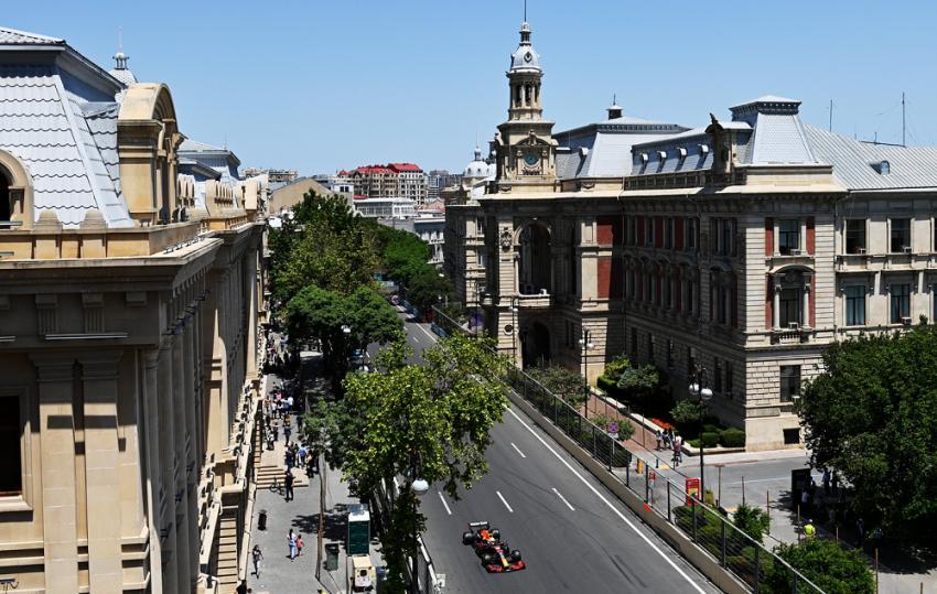 Formula 1 - Αζερμπαϊτζάν: Ασταμάτητη η Red Bull στα ελεύθερα δοκιμαστικά (vid)