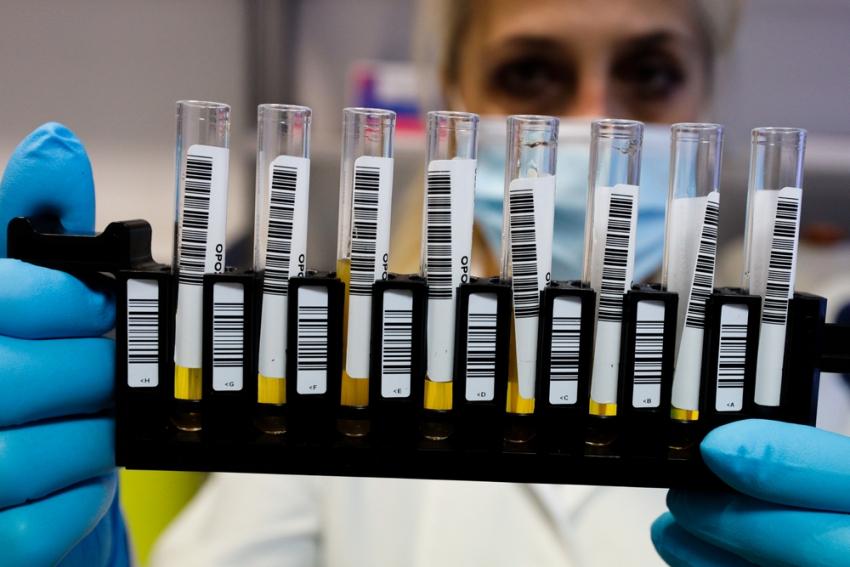 Νέα αποκάλυψη για τη βρετανική μετάλλαξη: Μετάδοση με τη γύρη, θνησιμότητα στο 60%