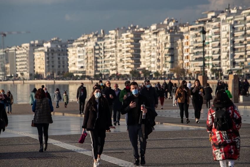 Ραγδαία εξάπλωση στη Θεσσαλονίκη: Έρχονται μέτρα, SOS για τα κρούσματα