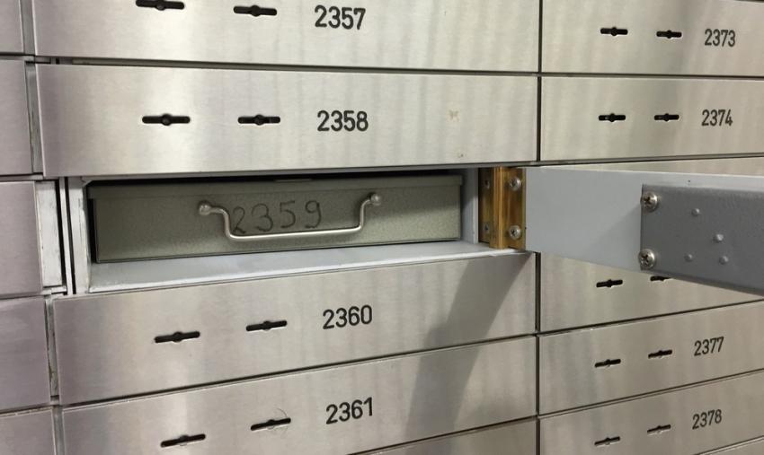 Εξιχνιάστηκε το «χρυσό» ριφιφί σε τράπεζα στο Χαλάνδρι – Είχαν αδειάσει θυρίδες