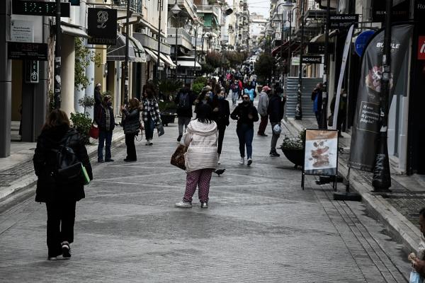 Κορονοϊός: «Βράζουν» Λάρισα, Αχαΐα, Ηράκλειο από τα νέα κρούσματα
