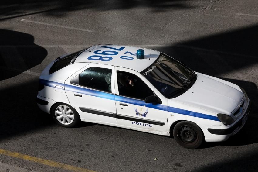 Νέο περιστατικό αστυνομικής βίας στη Λάρισα καταγγέλλουν εκπαιδευτικοί: Έσπασαν το χέρι 13χρονου μαθητή