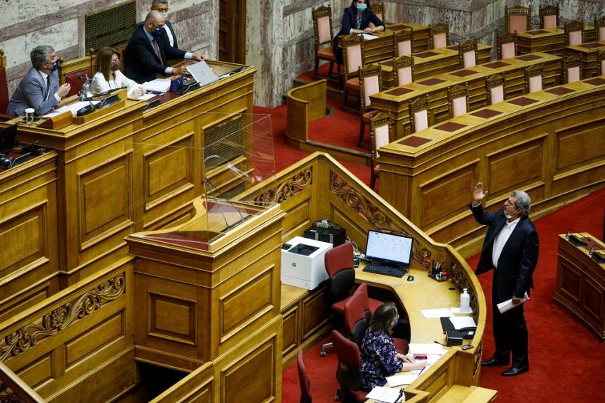 Μονοκλωνικά αντισώματα: Έντονη αντιπαράθεση στη Βουλή