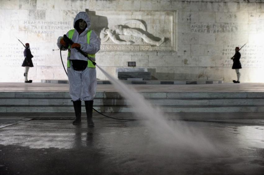 Πού εντοπίζονται τα 1.410 κρούσματα, οι περιοχές - 525 στην Αθήνα, 128 σε Θεσσαλονίκη