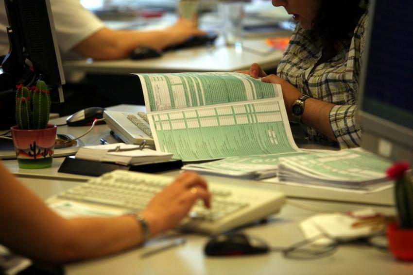 Φορολογικές δηλώσεις 2021: Οι εκπλήξεις και τα τεκμήρια, πότε ξεκινούν