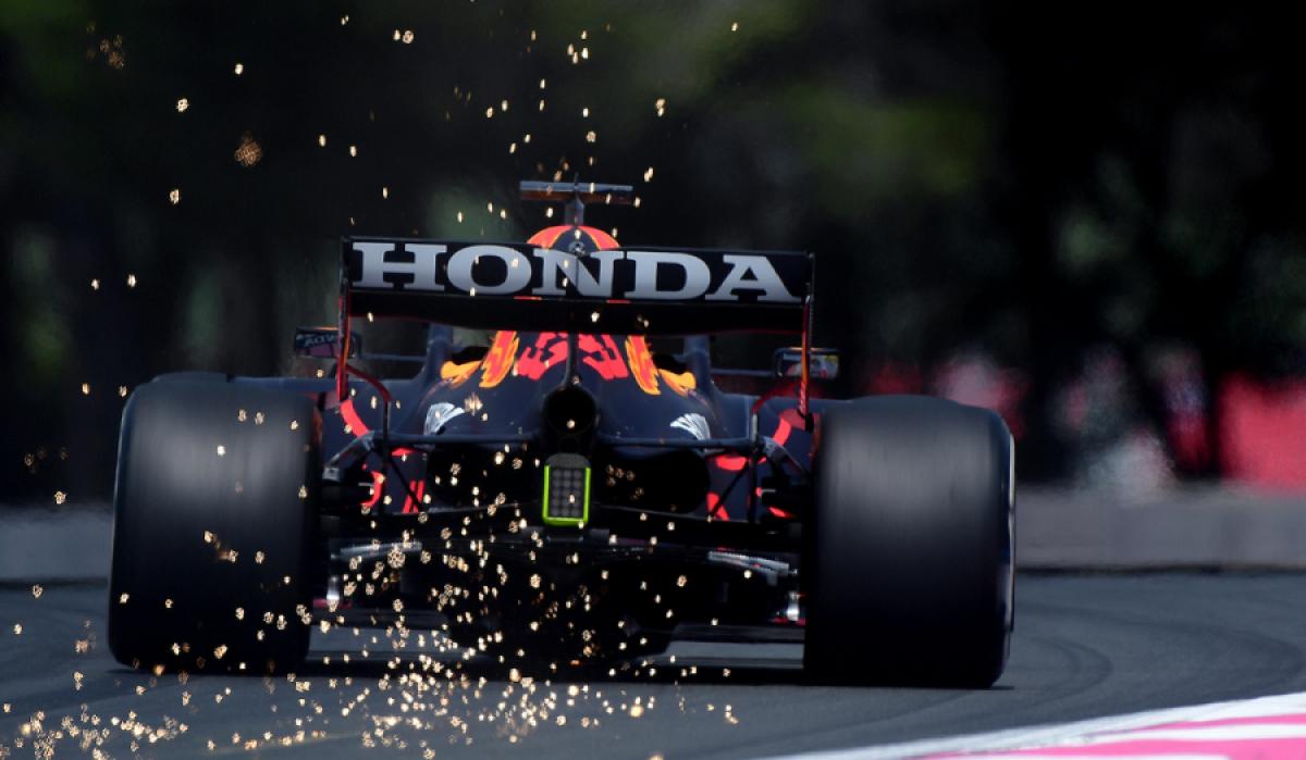 Formula 1: Η σύγκρουση στο Σίλβερστόουν κόστισε 1,8 εκατ στη Red Bull