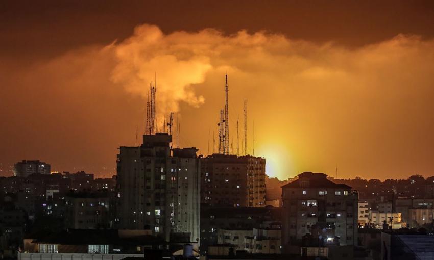 Πολεμικό σκηνικό σε Ιερουσαλήμ και Γάζα – Ολονύχτιες αιματηρές συγκρούσεις