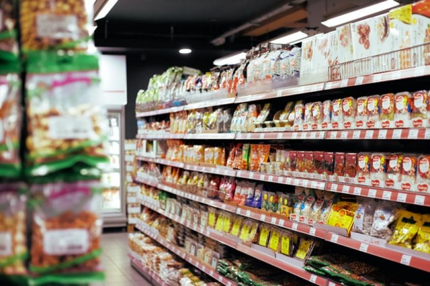 Αυξήσεις - φωτιά στα τρόφιμα παγκοσμίως: Η ακρίβεια σπάει ρεκόρ 10ετίας
