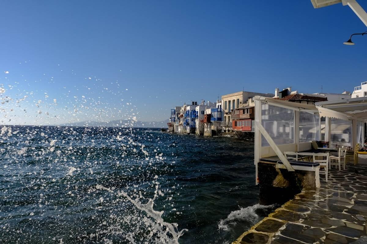 Νέες ακυρώσεις της TUI για πακέτα διακοπών σε 8 προορισμούς στην Ελλάδα