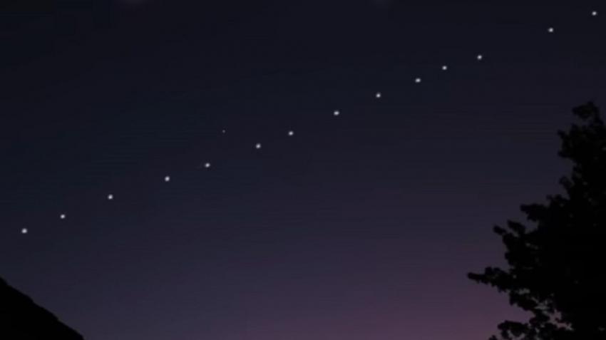 Starlink: Ορατοί ξανά απόψε στον ουρανό οι δορυφόροι του Έλον Μασκ