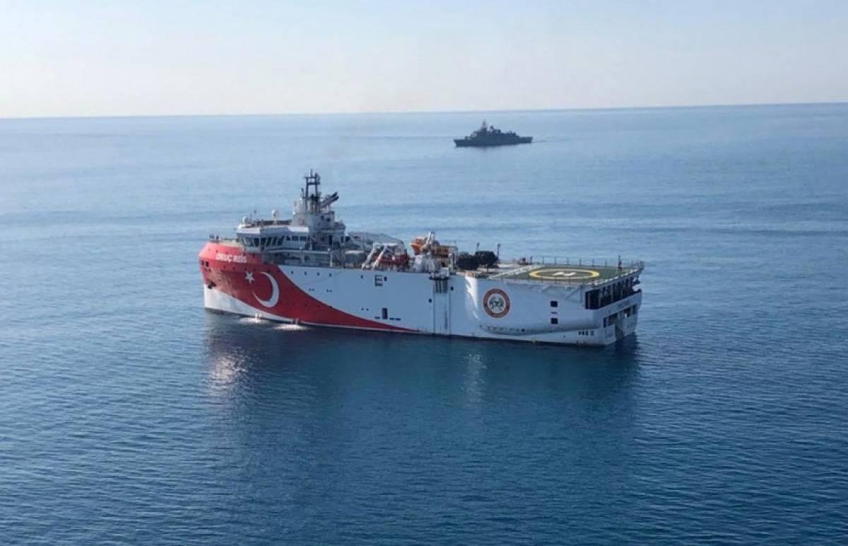 Oruc Reis: Αναστροφή και πορεία ξανά προς την ελληνική υφαλοκρηπίδα
