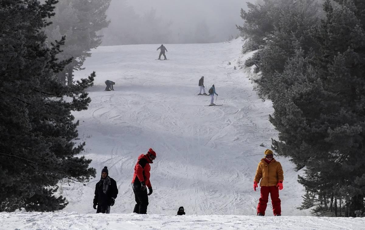 Πότε ανοίγουν τα χιονοδρομικά κέντρα - Επόμενο βήμα η μετακίνηση εκτός νομού