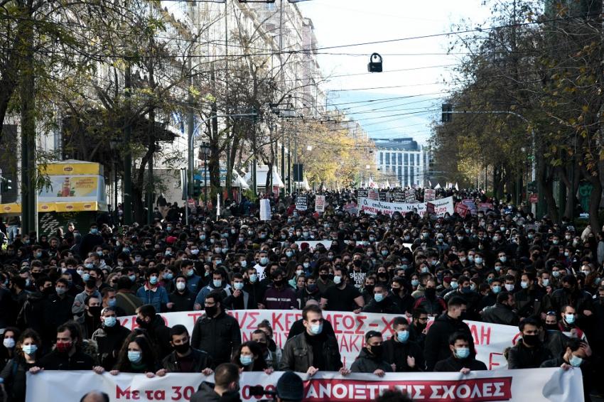 Επικίνδυνοι δρόμοι για τη δημοκρατία: Με δικογραφίες επιλέγει η κυβέρνηση να αντιμετωπίσει τα συλλαλητήρια!
