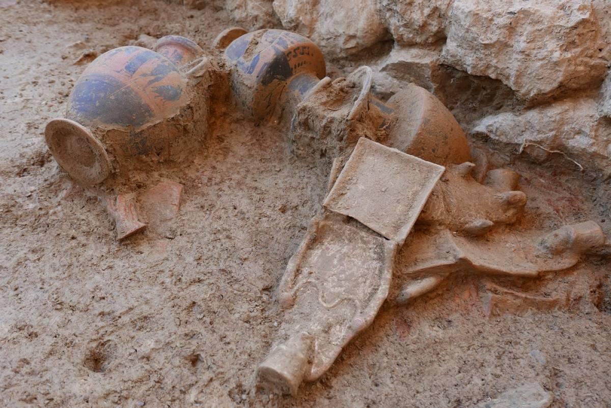 Ανακαλύφθηκε ναός της Αρτέμιδος στην Αμάρυνθο - Εντυπωσιακές εικόνες