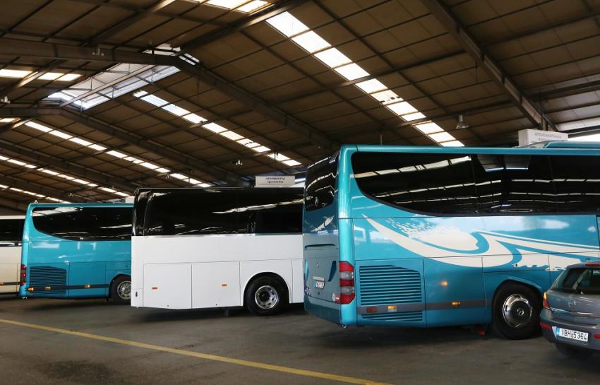 Τέλη κυκλοφορίας 2021: Μειώνονται για τα τουριστικά λεωφορεία