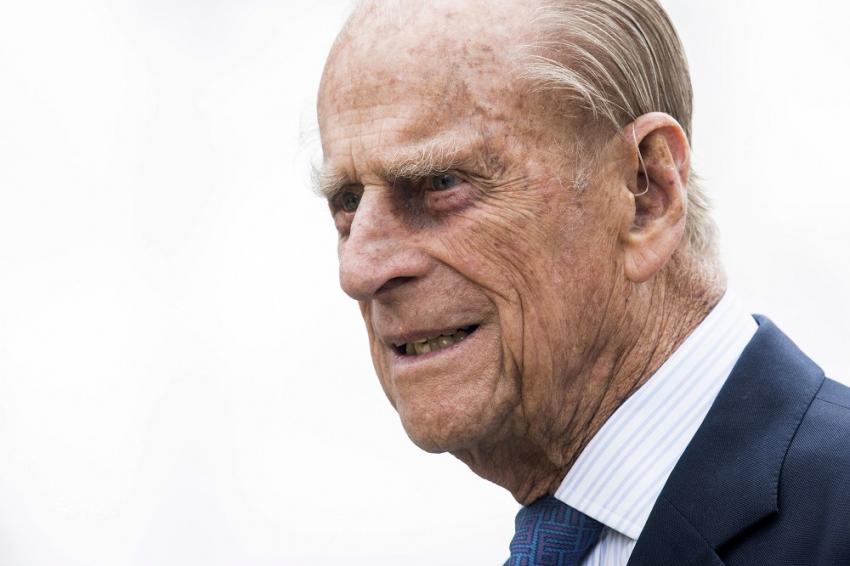 Πρίγκιπας Φίλιππος: Το βασιλικό πρωτόκολλο για τον θάνατό του - Η κηδεία και το πένθος