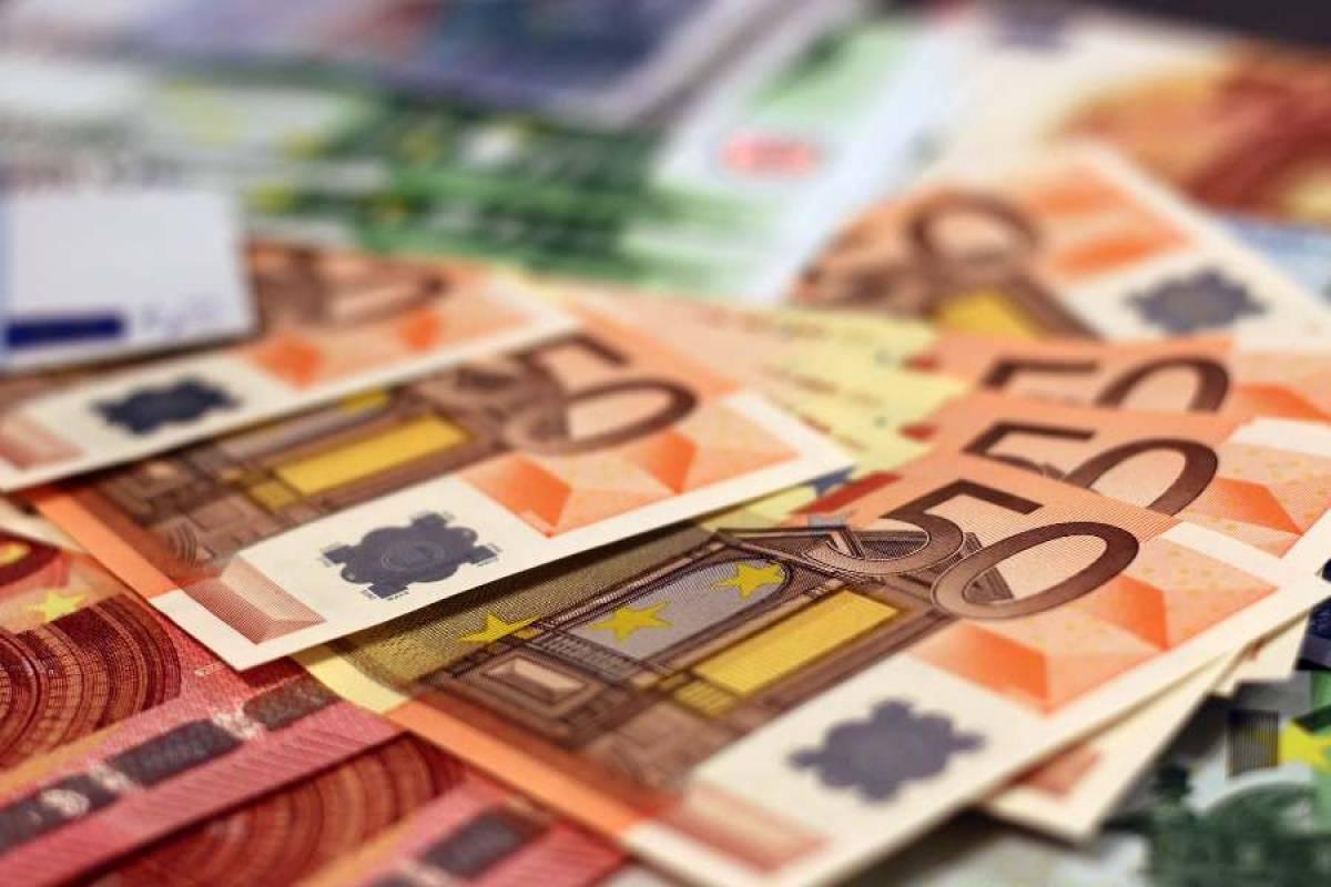 Επίδομα 800 ευρώ: Θα δίνεται μέχρι να τελειώσει η πανδημία
