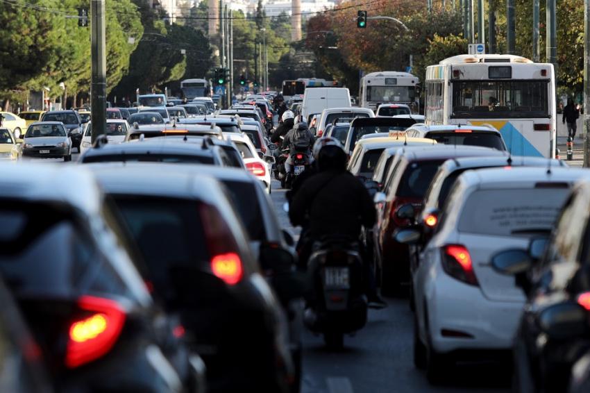 Δίπλωμα οδήγησης: Μαθήματα από τα 17 και ακόμα 9 αλλαγές