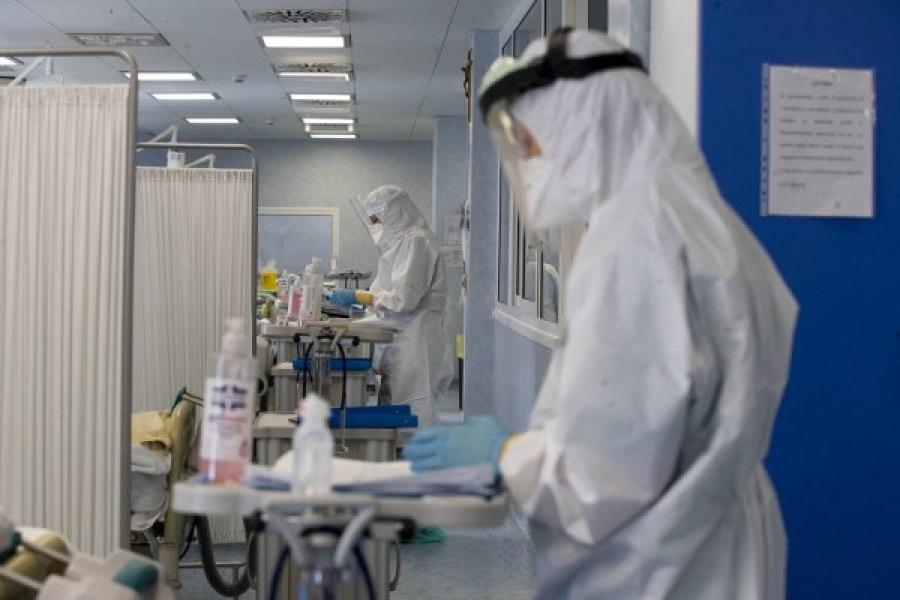 Μετάλλαξη Δέλτα: Έρχονται μέτρα και για εμβολιασμένους στις ΗΠΑ